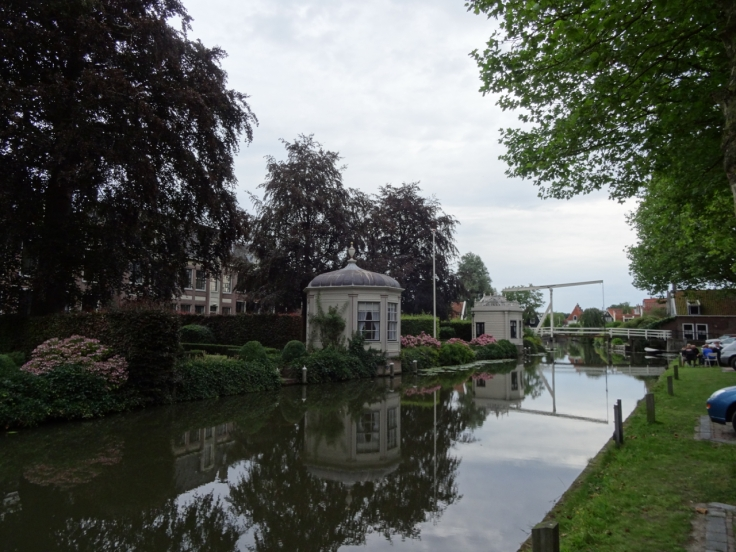 Smart houses by canal, Edam