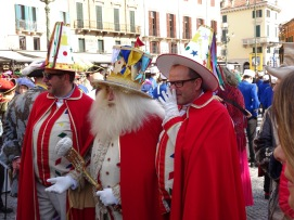 Papa Gnocco and attendants