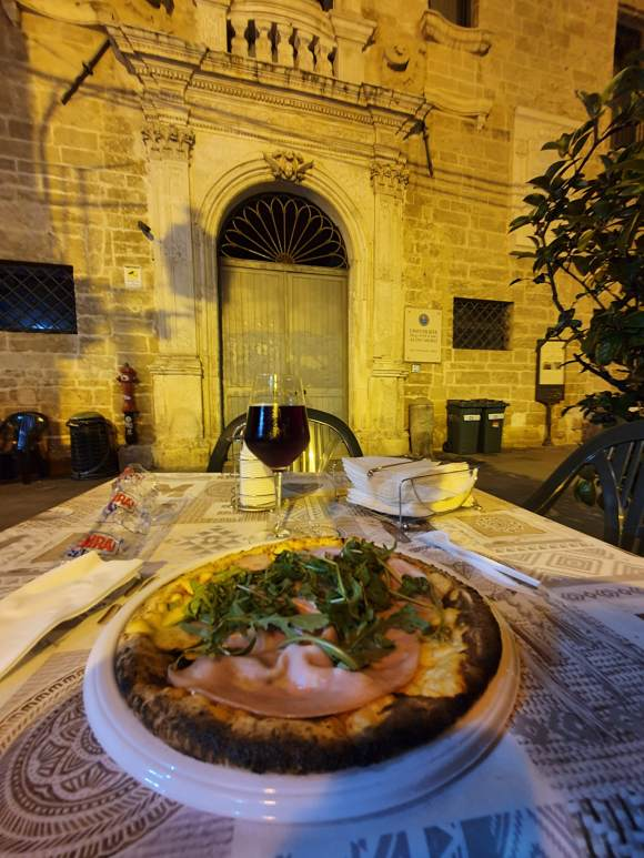 Pizza, Taranto Old Town